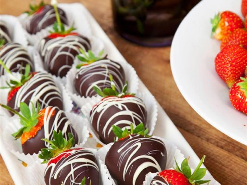 Chocolate Dipped courtesy of Gaslamp Gallery - Wexford Strawberries